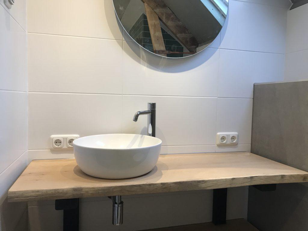 Badkamer Waskommen sanitair tegelwerk - Home Repair - Timmerwerk en onderhoud 01